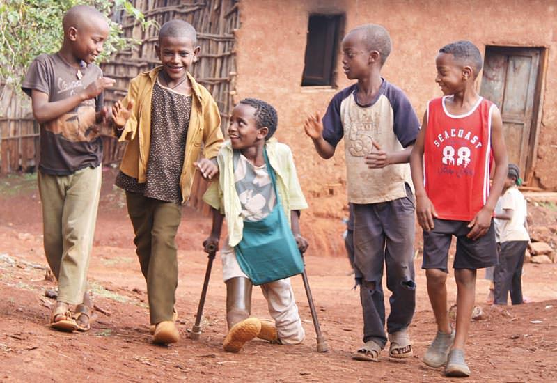 LICHT FÜR DIE WELT setzt sich für blinde, seh- und anders behinderte Menschen in Armutsgebieten ein. (c) LICHT FÜR DIE WELT